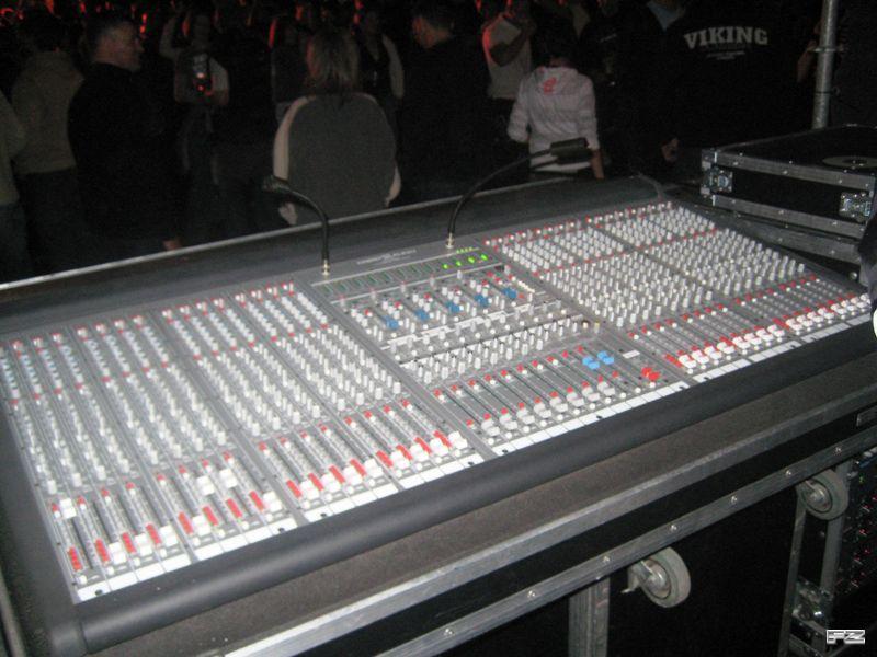 Yamaha Automatci Mixer